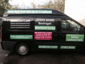 Gratis for jyske Banks reklame afdeling at komme på her. Det er spørgsmål Om bedrageri og ikke mindst mandat svig